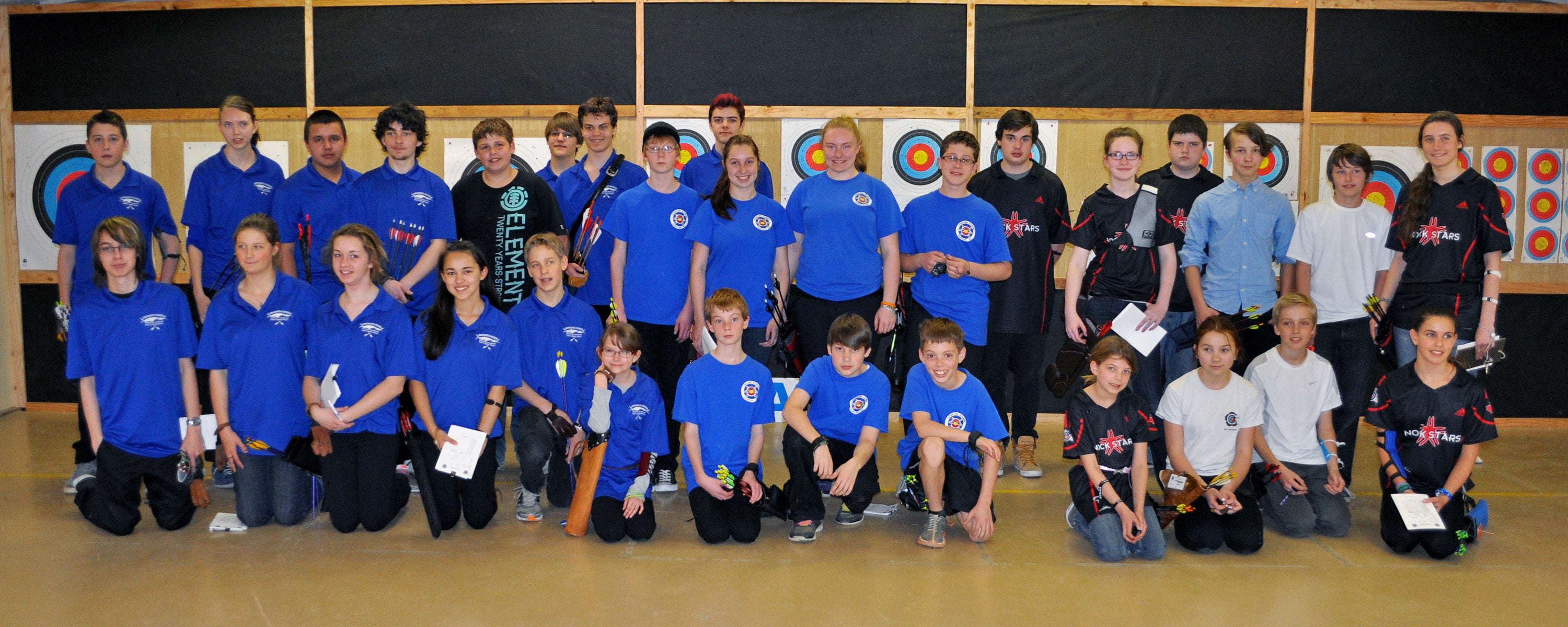 2014 JOP Indoor Championships JOP Indoor Group at Cowichan Bowmen2